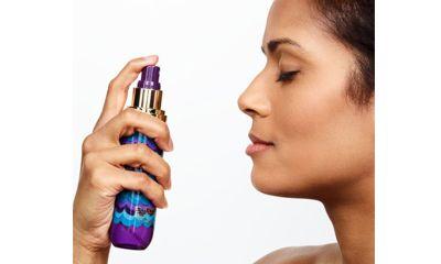 Semprotkan Setting Spray agar Makeup Tahan Lama