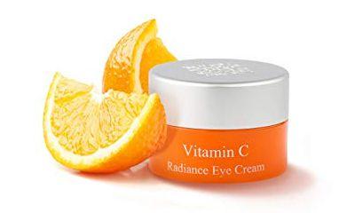 Vitamin C Mengembalikan Elastisitas Kulit Kelopak dan Membebaskannya dari Masalah Kerutan