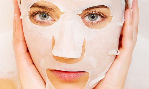 Bagi kulit cenderung kering pilihlah masker berjenis sheet mask
