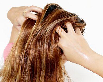 Jangan oles vitamin rambut pada kulit kepala