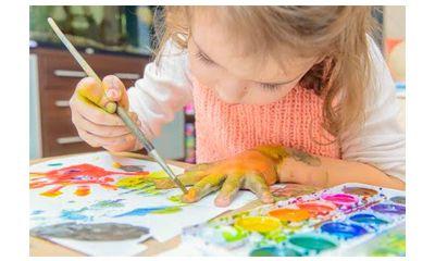 Buat Anak anak Pilihkan Cat Air Berjenis Watercolor Cake