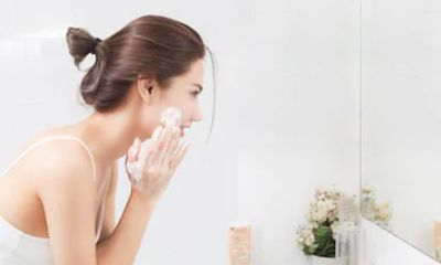 Niacinamide Bahan Skincare yang Mampu Mengontrol Sebum dan Mengecilkan Pori pori