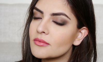Tentukan Makeup Look yang Diinginkan Efek Dewy atau Matte Finish