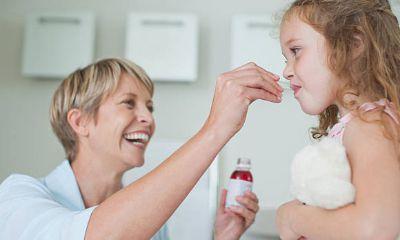Untuk Anak Berikan Obat Bebas yang Mengurangi Sariawan Perih