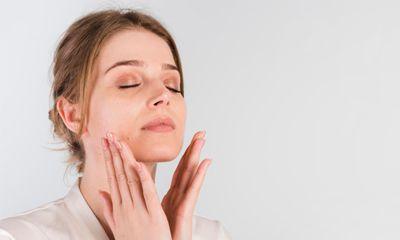Vitamin B3 Niacinamide Efektif Memutihkan Wajah Tanpa Menghambat Aktivitas Tirosinase